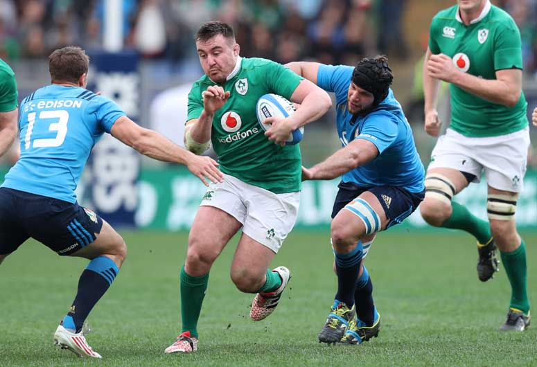 In the senior encounter Niall Scannell made his Irish debut from the start, replacing captain Rory Best who was a late withdrawal due to illness. ©INPHO/Billy Stickland